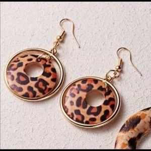 Jewelry - Leopard earrings